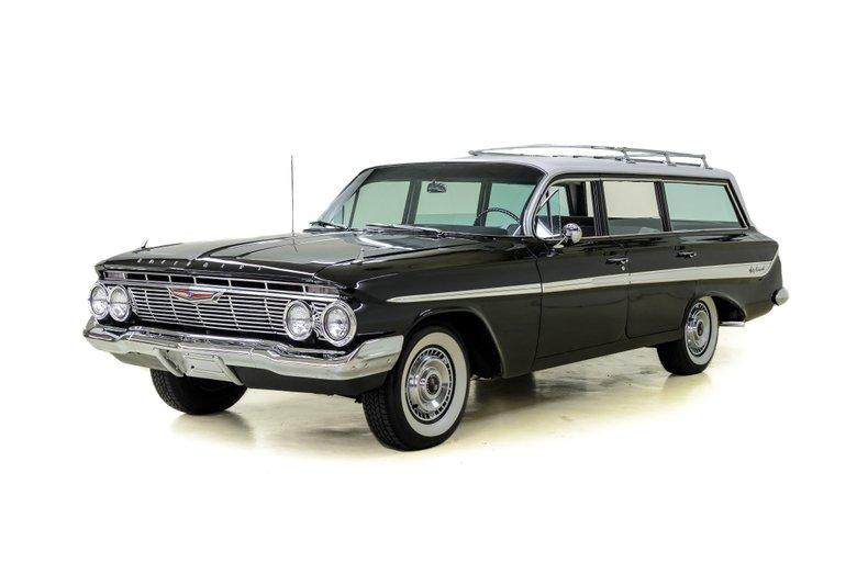 1961年 シボレー ノマド ステーション ワゴン