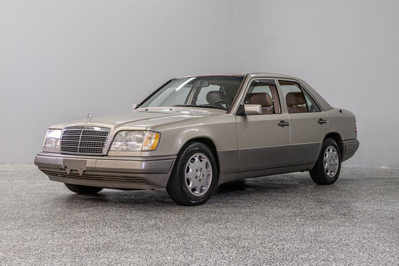 1995 Mercedes-Benz E300
