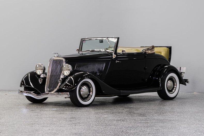 1934 Ford Cabriolet Street Rod