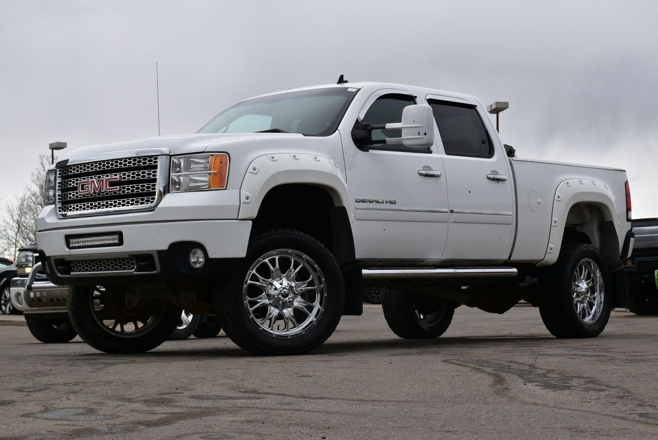 2012 gmc sierra 2500hd denali lifted and loaded