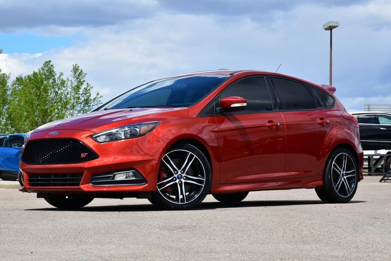 2018 ford focus st hatchback loaded