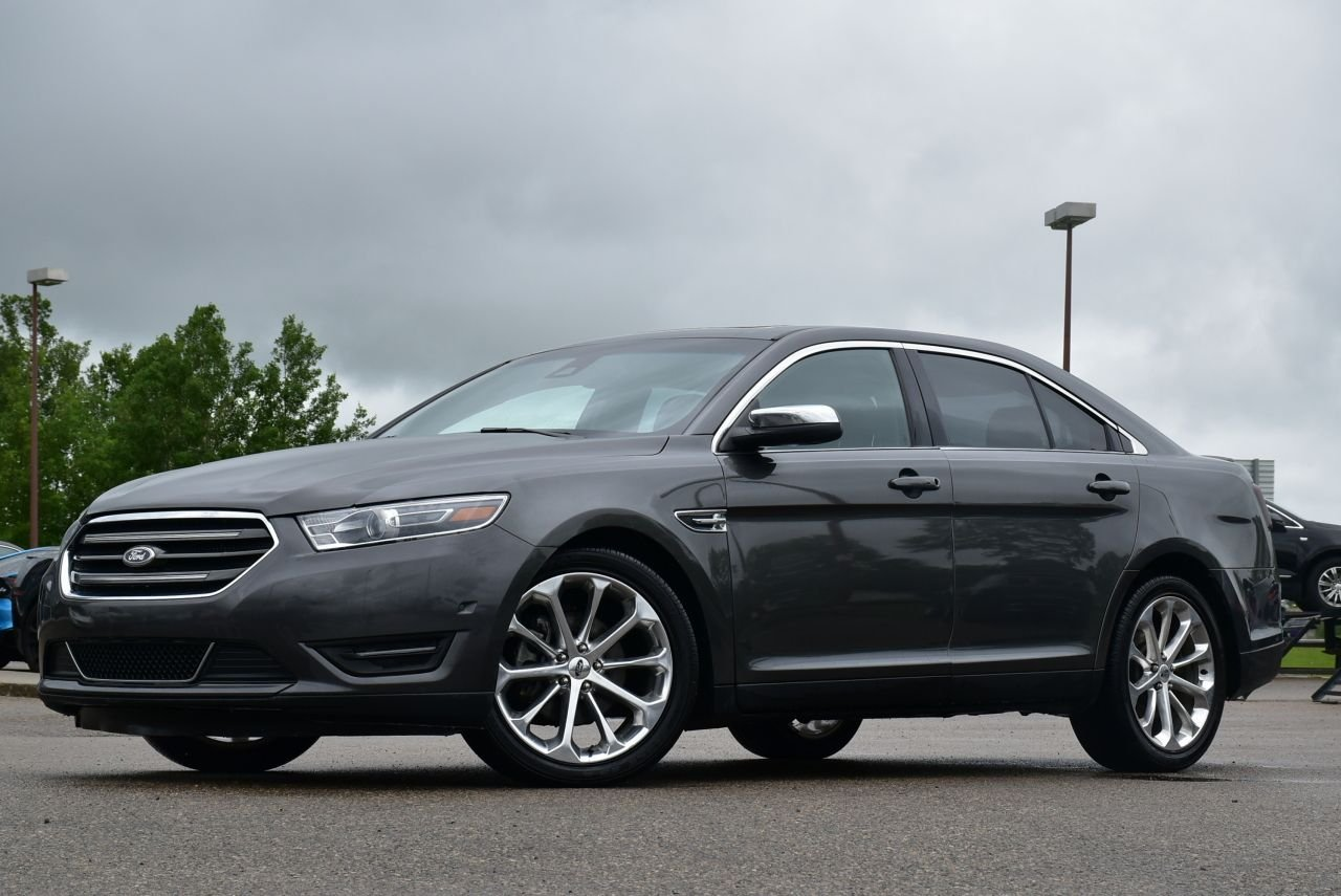 2016 ford taurus limited awd w adaptive cruise