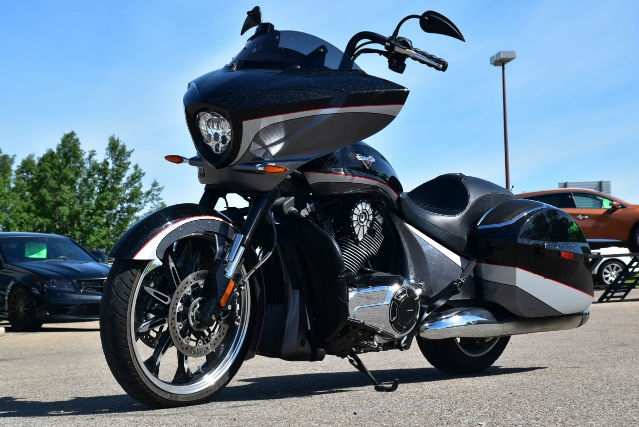 2015 victory magnum with ape hangers