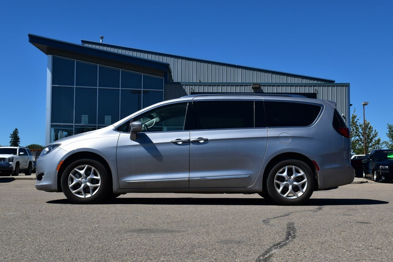 2018 chrysler pacifica touring l plus loaded