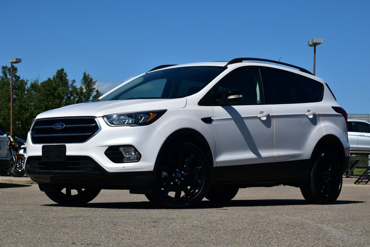 2019 ford escape titanium awd w auto parking