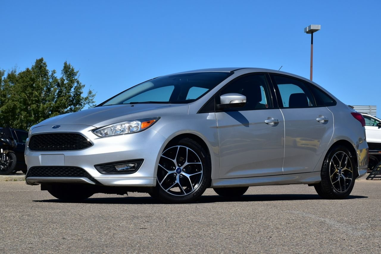 2015 ford focus se w heated wheel seats