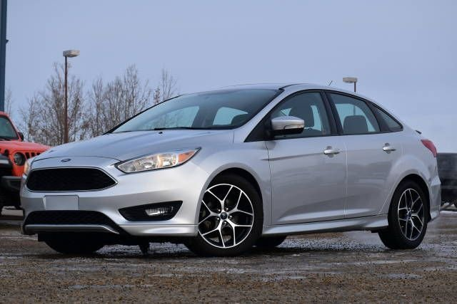 2015 ford focus se w heated wheel seats