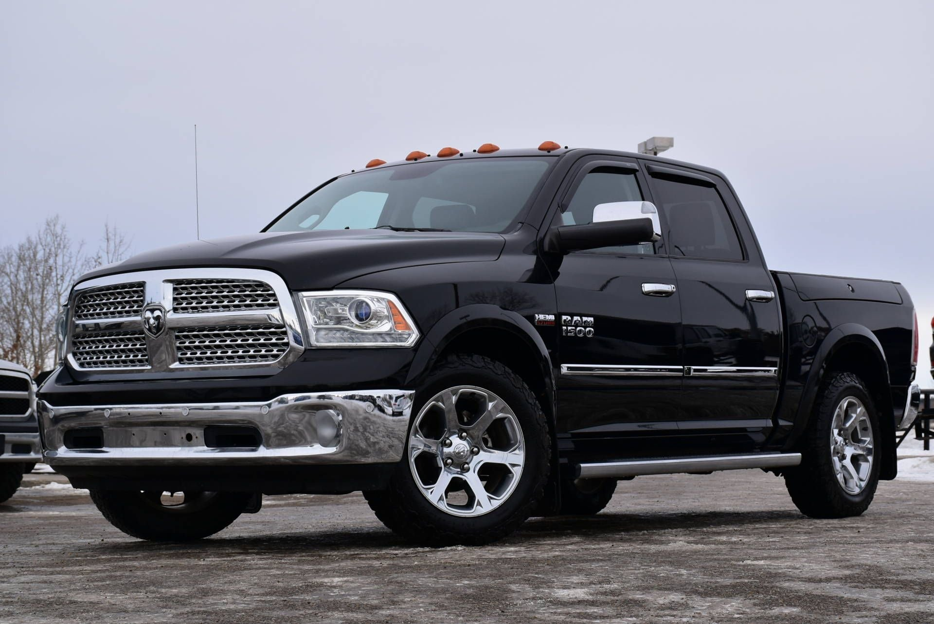2014 ram 1500 laramie loaded