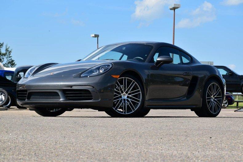 2020 Porsche Cayman
