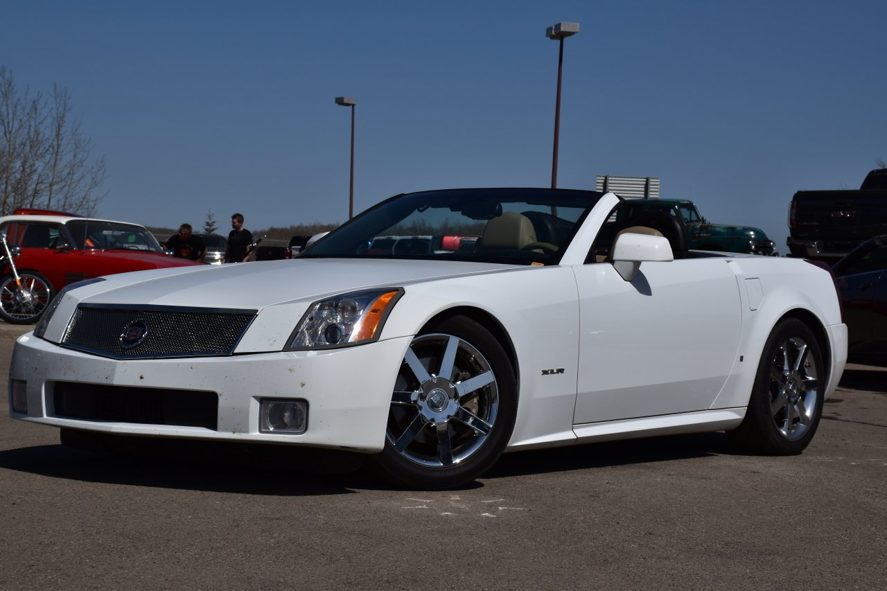 2008 cadillac xlr hard top convertible