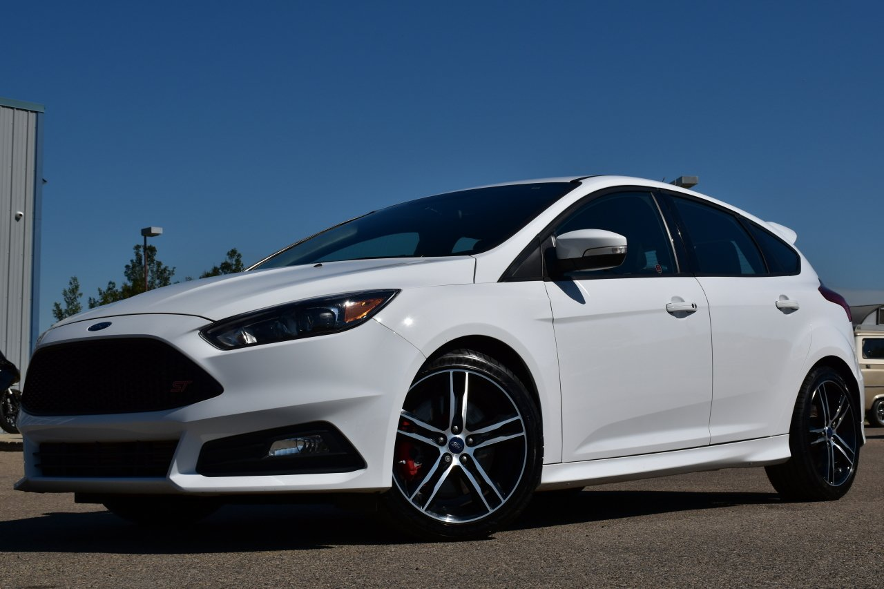 2016 ford focus st hatchback