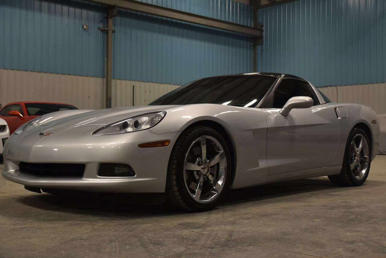 2010 chevrolet corvette 2 door targa top