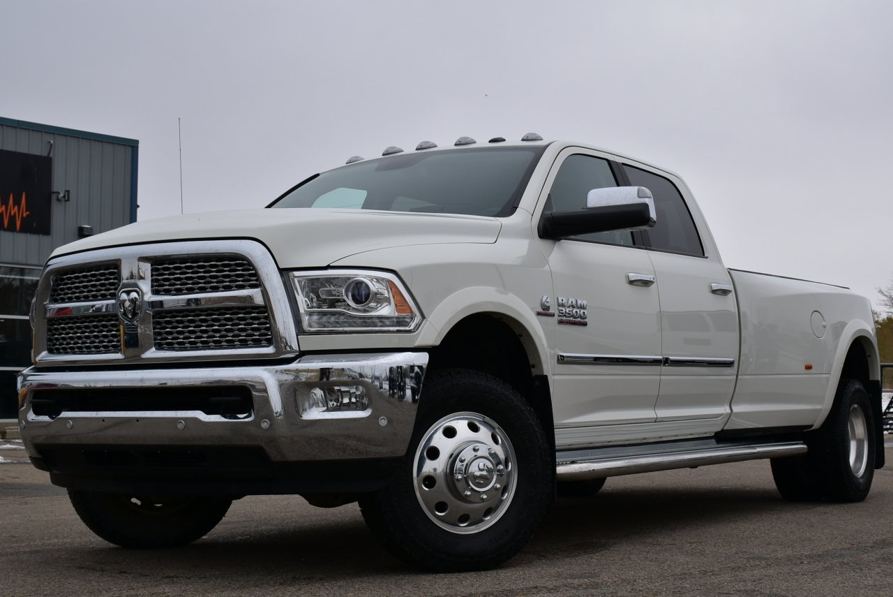 2016 ram 3500 laramie crew cab dually loaded