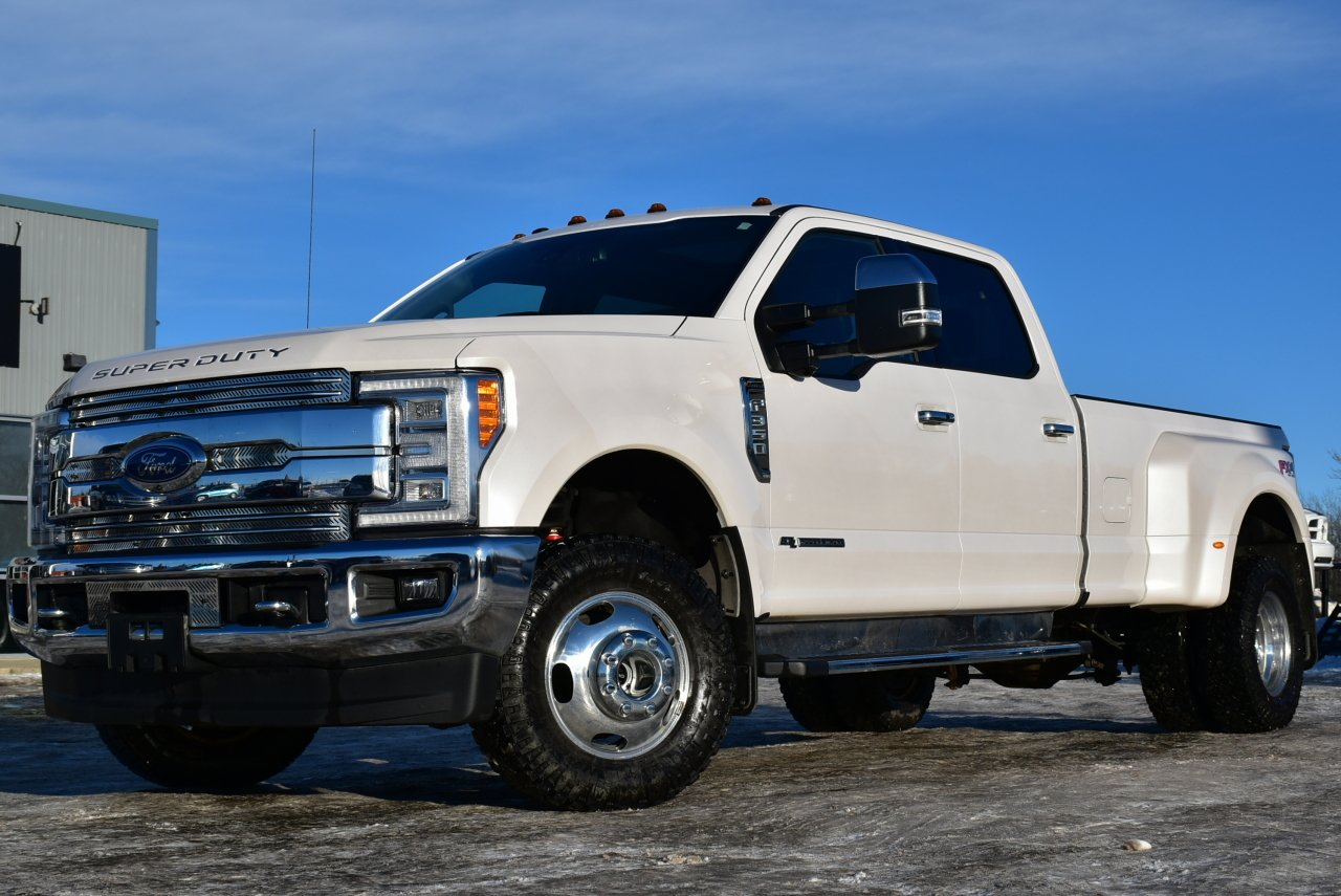 2017 ford super duty f 350 drw lariat ultimate