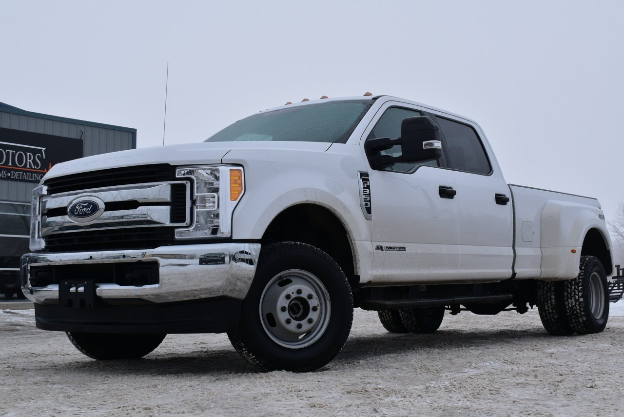 2017 ford super duty f 350 xlt dually