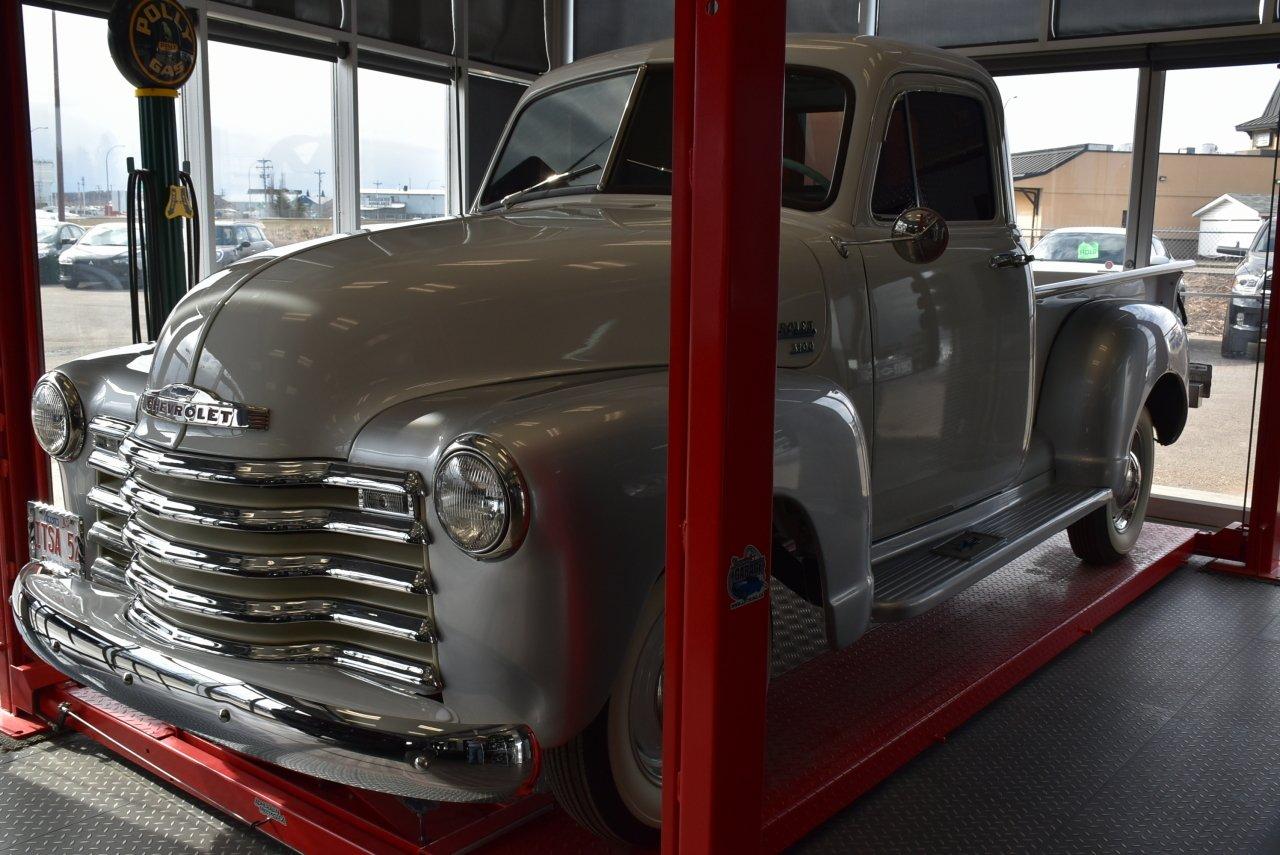 1952 chevrolet 3100 show truck
