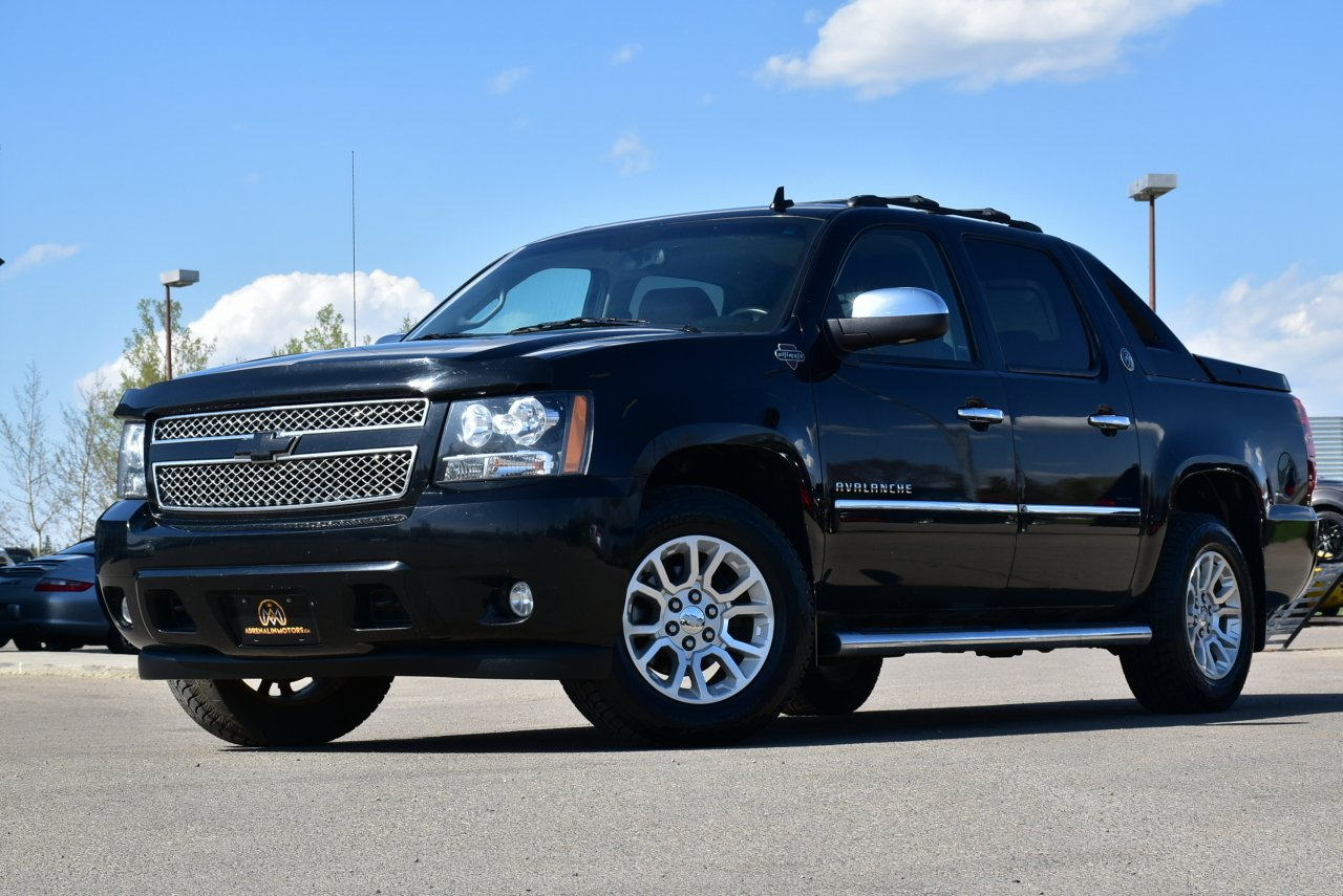 2013 chevrolet avalanche black diamond w ultimate gfx pckge