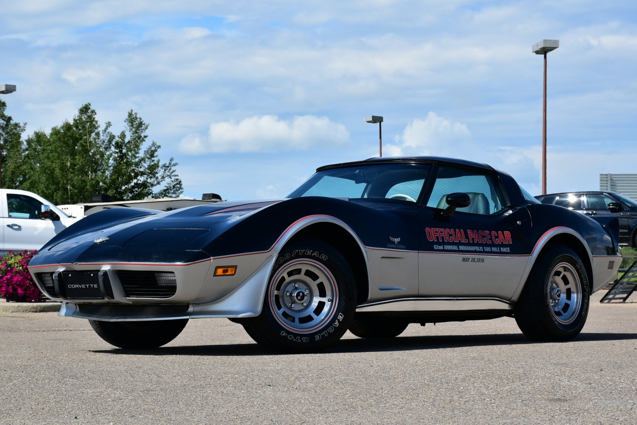 1978 chevrolet corvette limited edition pace car
