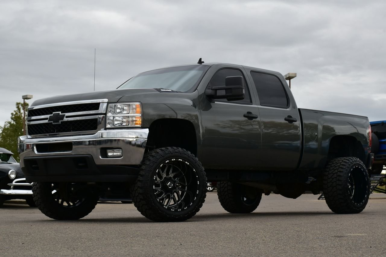 2011 chevrolet silverado 2500hd lifted