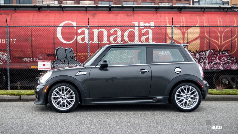 2013 MINI Cooper S JCW package