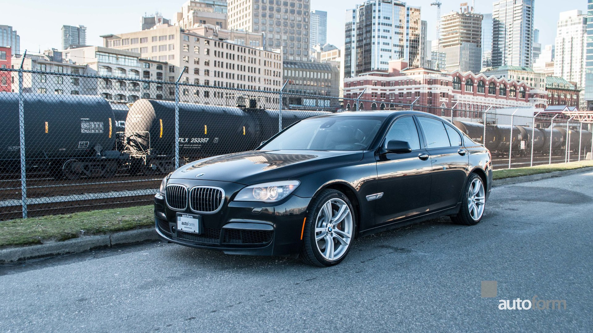 2010 bmw 750i xdrive msport with lane guidance