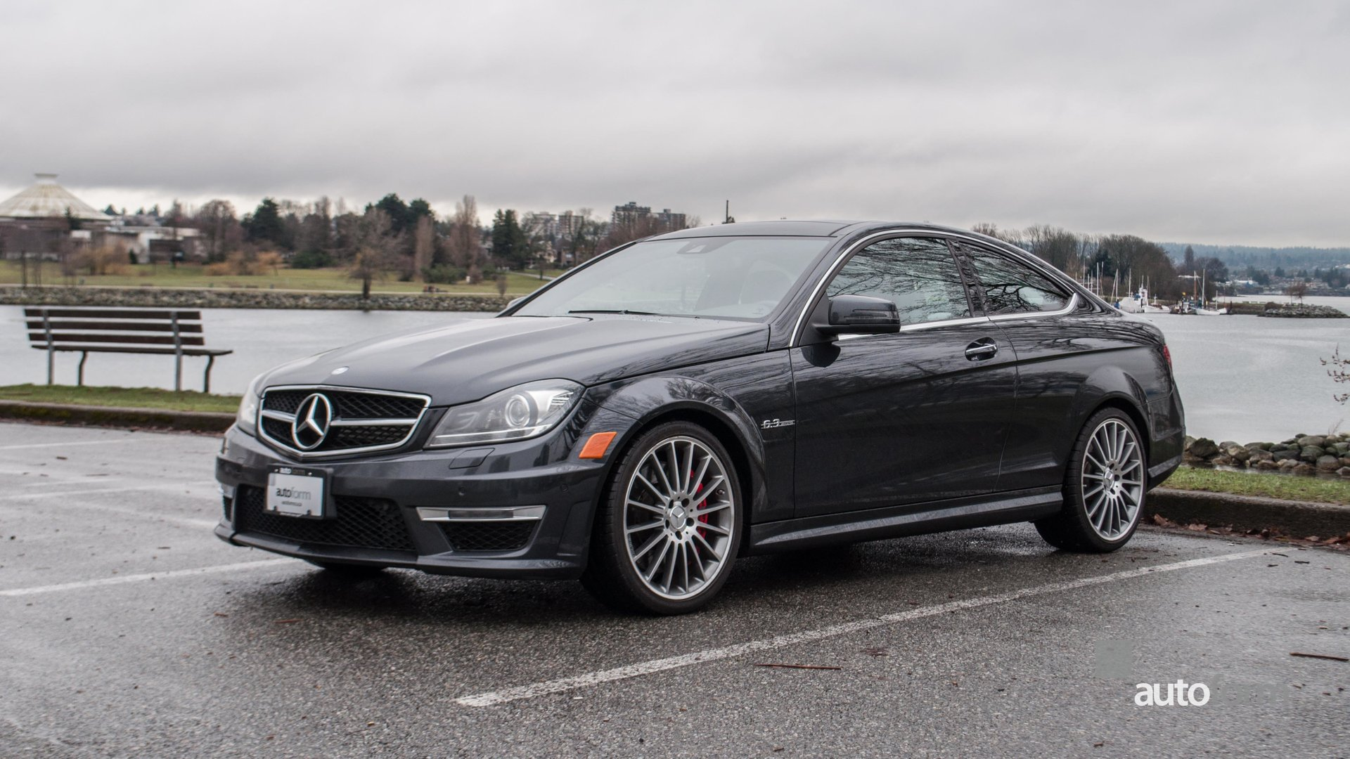 2013 mercedes benz c63 amg performance package