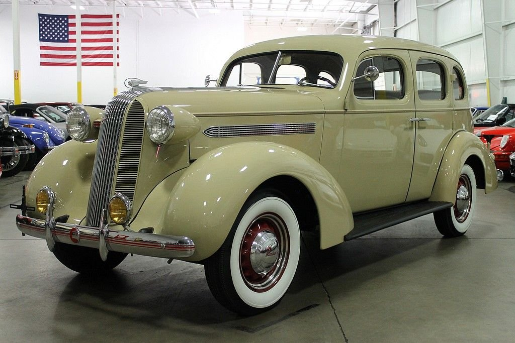1936 pontiac silverstreak