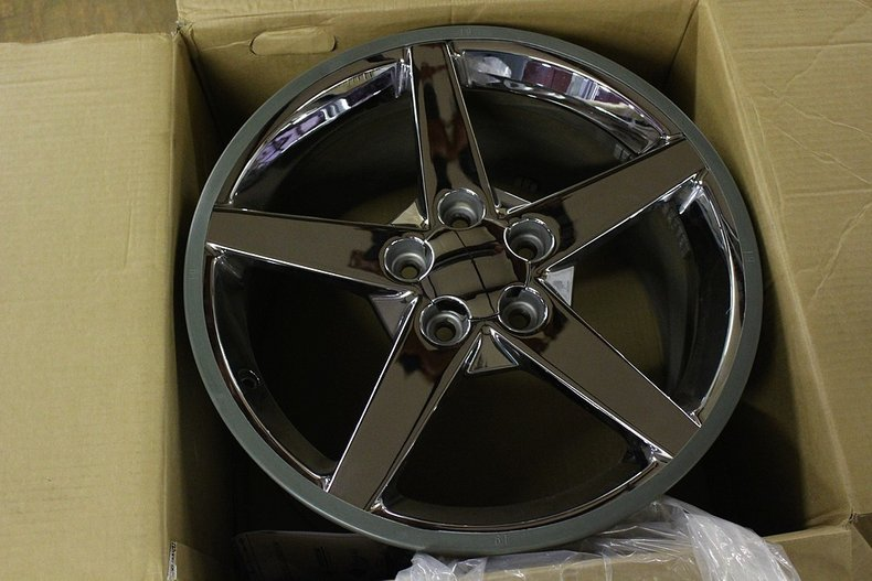 Set of 2 2008 rear corvette wheels