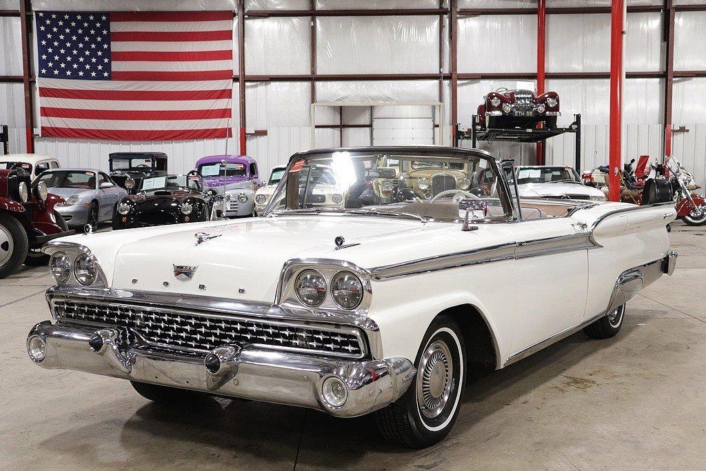 1959 ford fairlane skyliner 500
