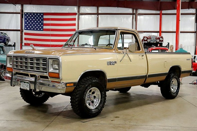 1985 dodge w150 pick up 4x4