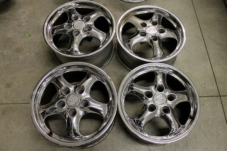 Chrome porsche cup 17 wheels