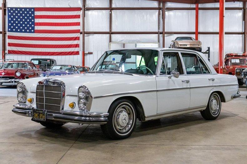 1966 mercedes benz 250s