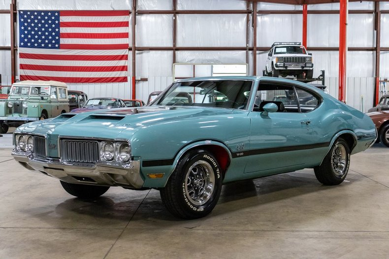 1970 oldsmobile cutlass 442 holiday