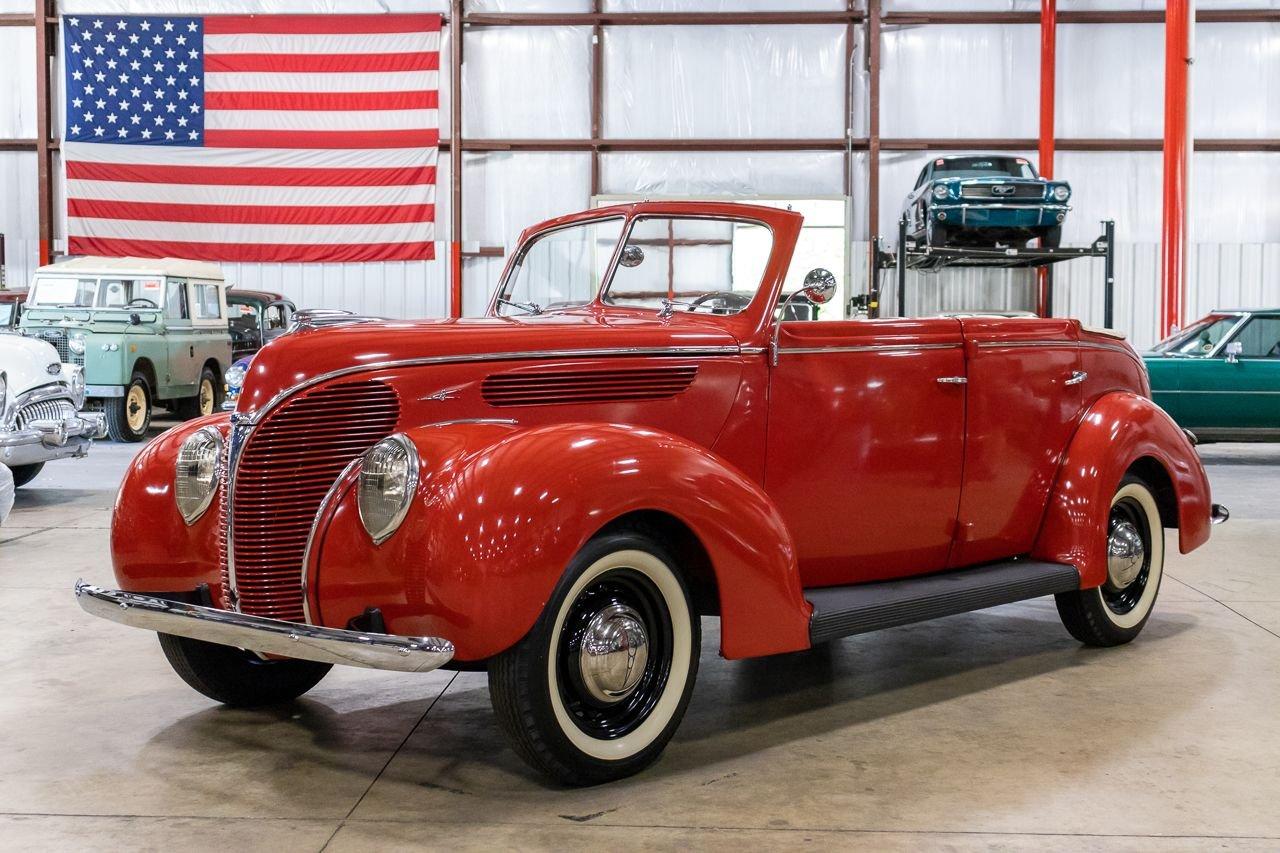 1938 フォード カブリオレ 740