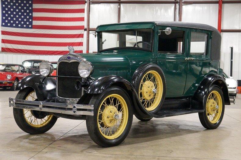 1928 ford model a fordor leatherback sedan