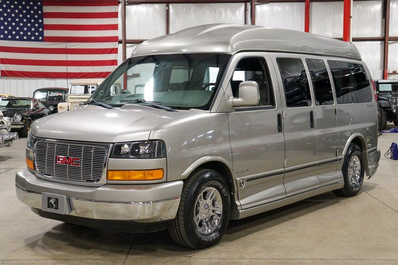 2003 gmc savana explorer limited special edition