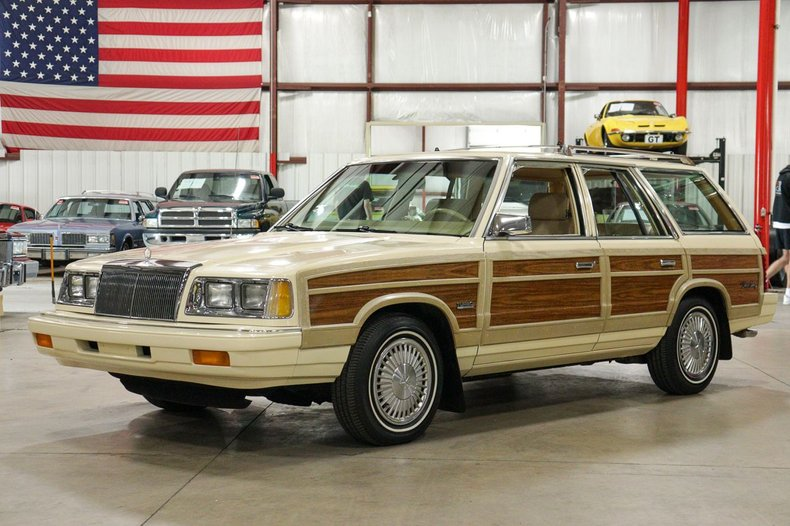 1986 chrysler town and country turbo