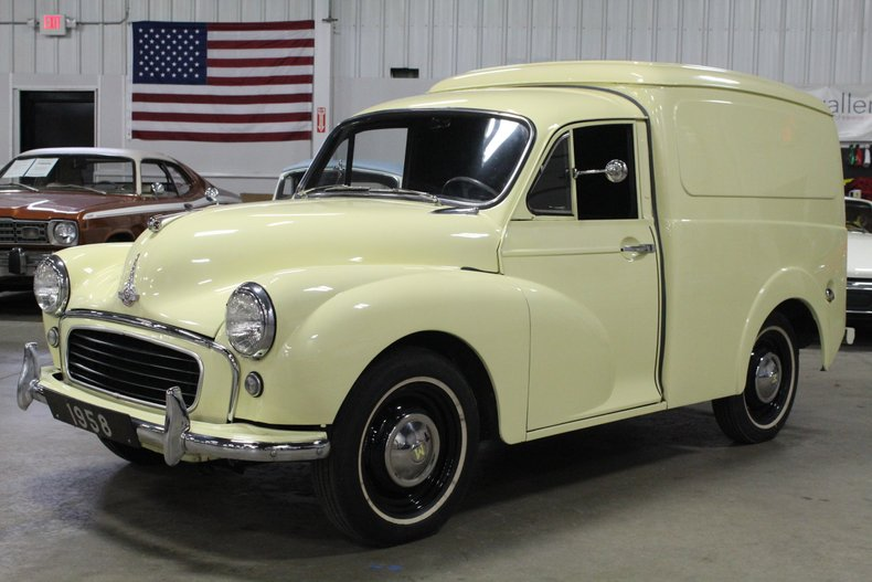 1958 morris minor quarter ton