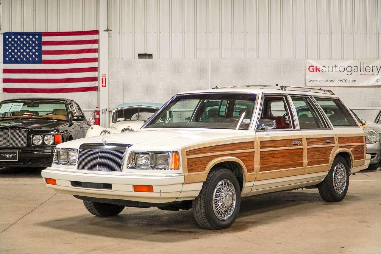 1986 chrysler lebaron town country wagon