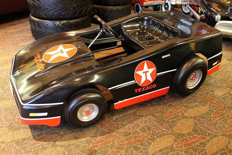 Texaco plastic corvette racer