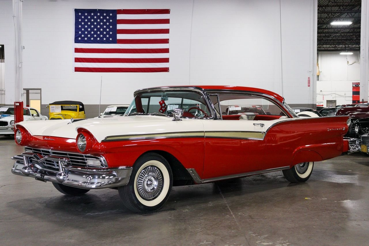 1957 ford fairlane 500 crown victoria