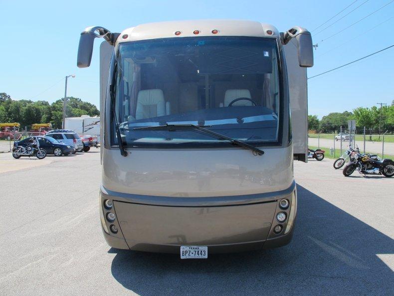 Rexhall Aerbus Vehicle