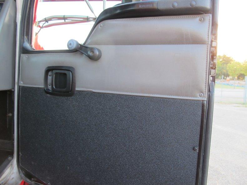 Kenworth Vehicle