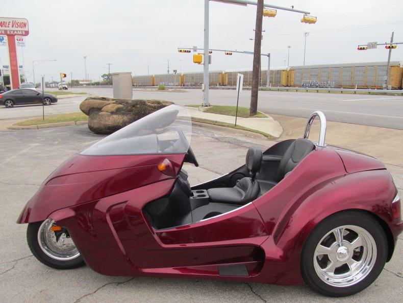 Thoroughbred Vehicle