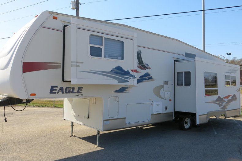 Jayco Eagle Vehicle