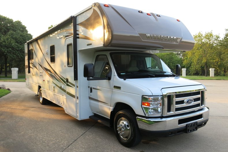 2017 Itasca Winnebago Spirit IF331K