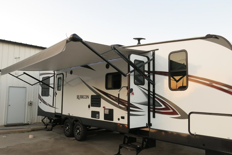 2018 Keystone Dutchman Rubicon RB3300 toy hauler