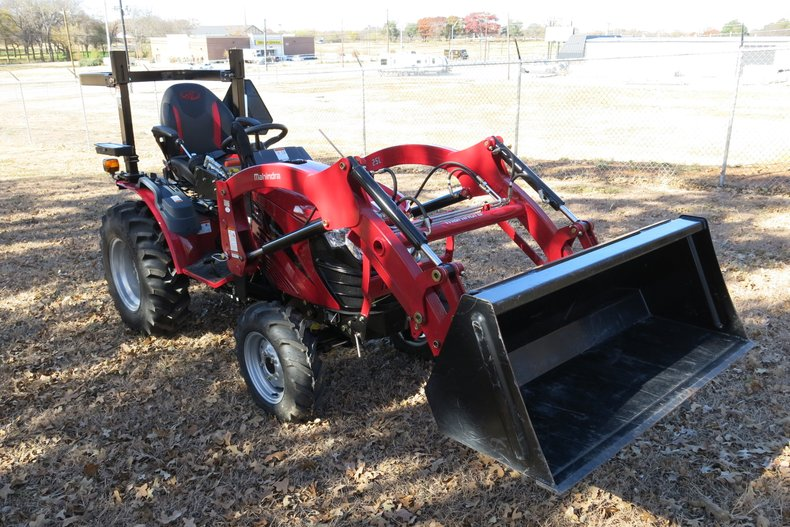 2018 Mahindra eMAX 25S Hydrostatic For Sale