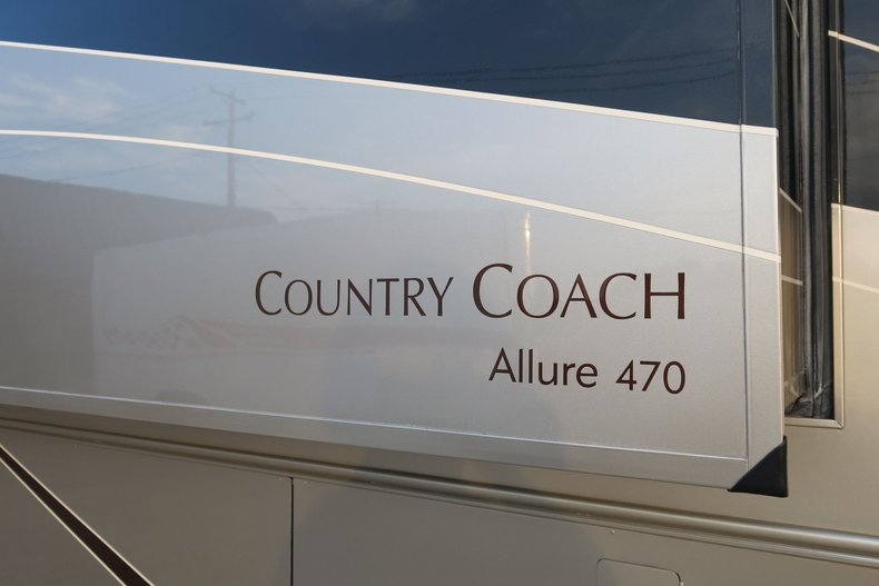 Country Coach Vehicle