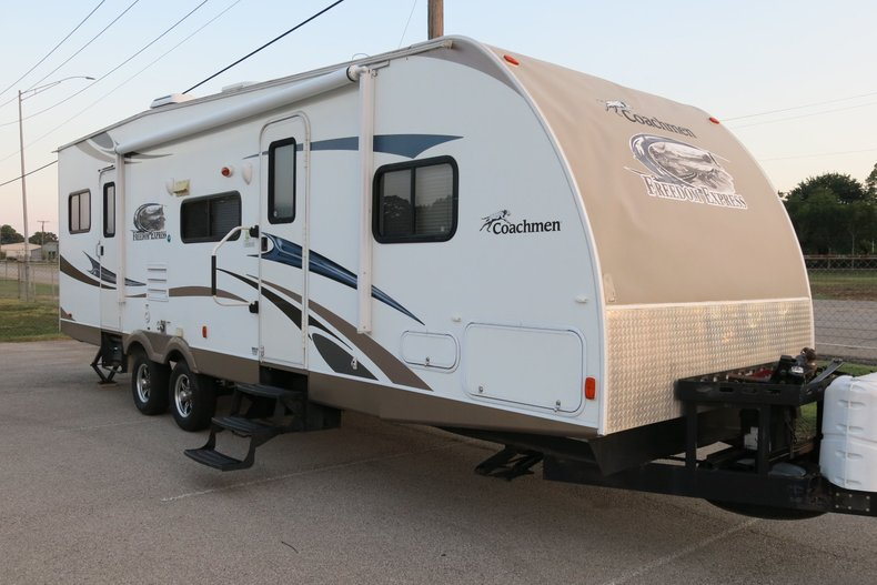 2013 Forest River coachman Freedom Express301 BLDS